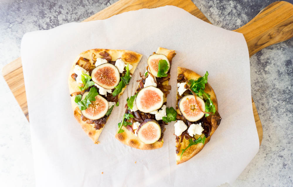 fig and goat cheese naan pizza