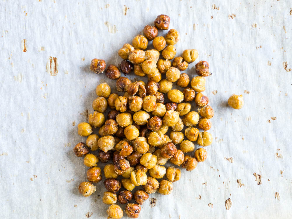 crunchy roasted chickpeas-4 flavors